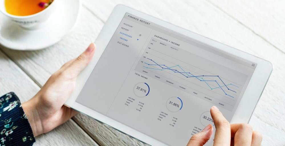 Mitä lisäarvoa tekoäly tuo markkinoijille ja myyjille?